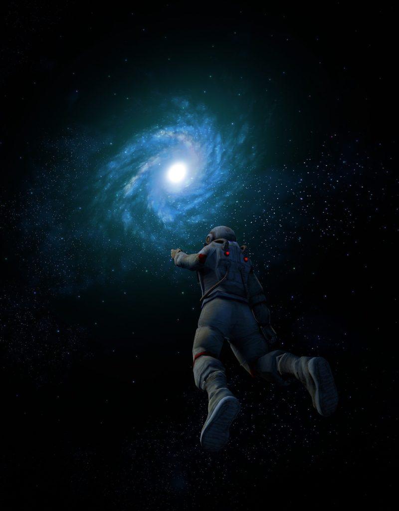 Это изображение имеет пустой атрибут alt; его имя файла - galaxy-3279274_1920-800x1024.jpg